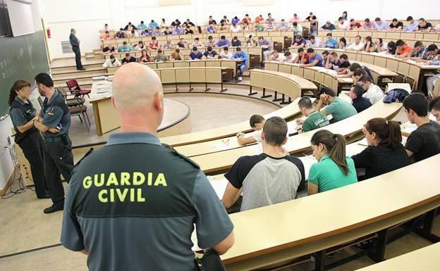 aula de examen de oposiciones