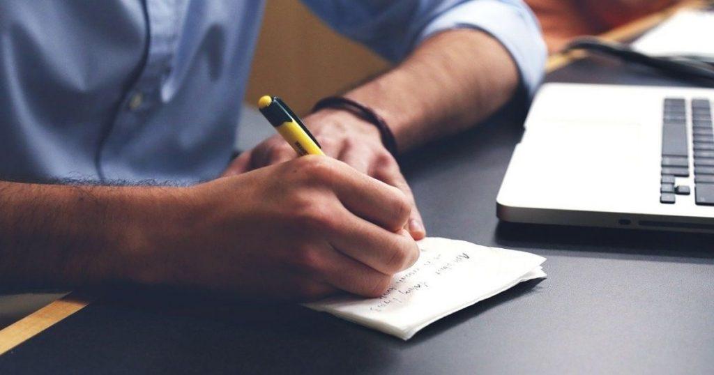 Carta de renuncia voluntaria de trabajo