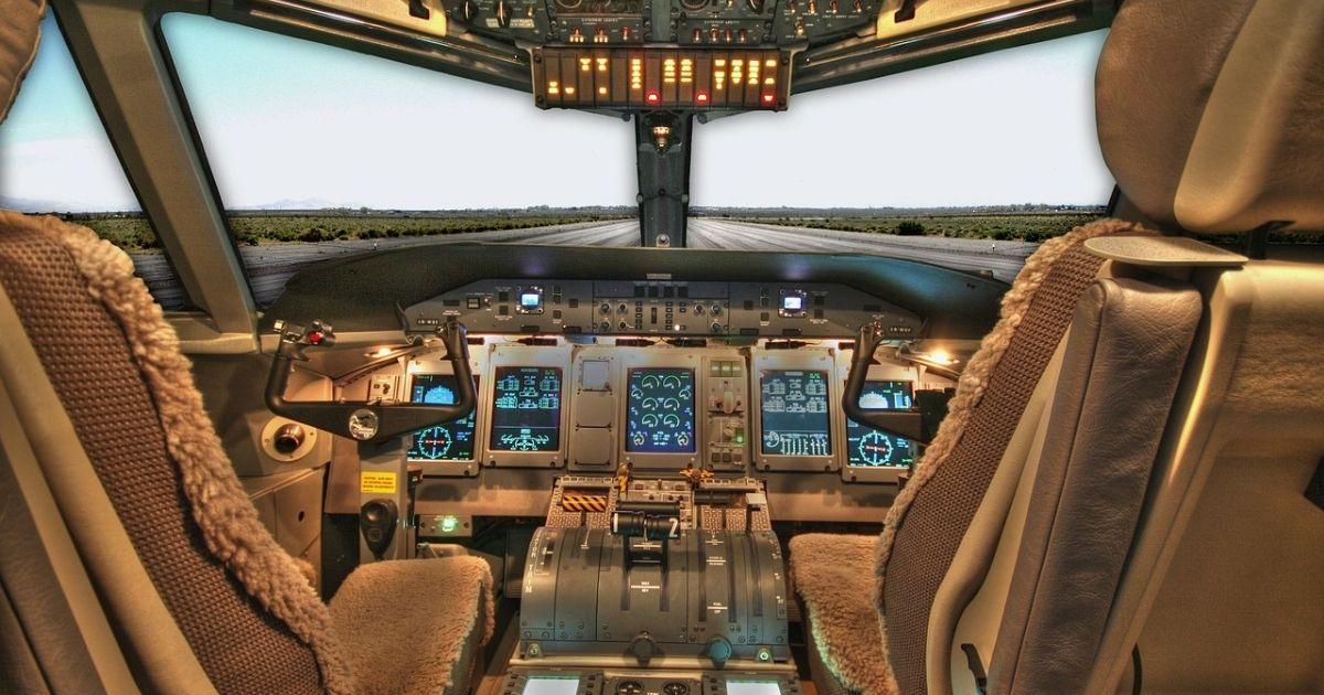 Trabajar como controlador aéreo