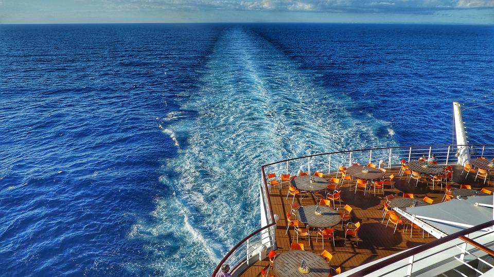 ¿Qué estudios necesito para trabajar en un crucero?