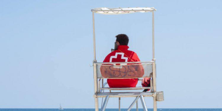 Cómo Trabajar en playas en verano