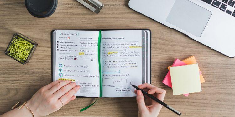 Compaginar estudios y trabajo Consejos para conseguirlo