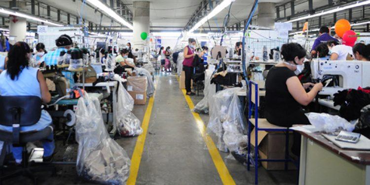 Principales funciones de un operario de fábrica
