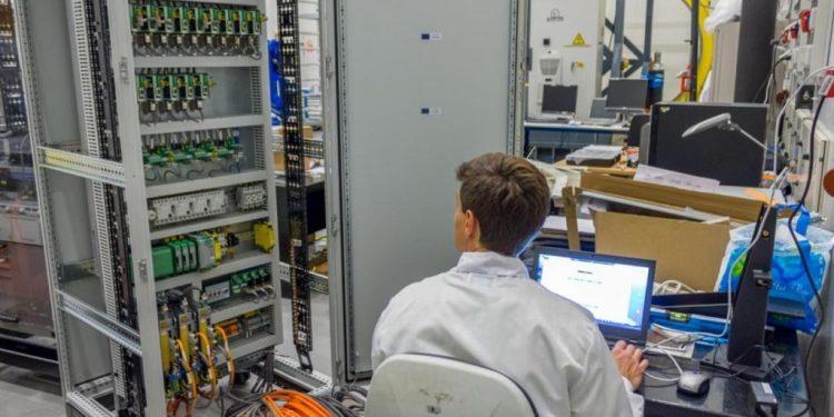 Ingeniero electrónico: sueldo y responsabilidades