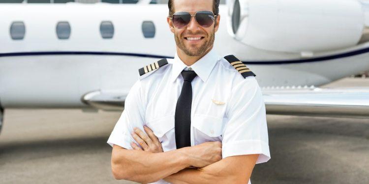 Requisitos para ser piloto comercial en España