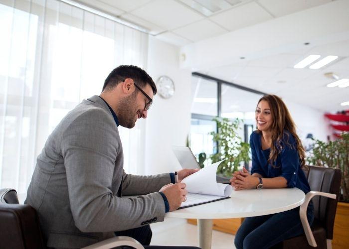 Ventajas de contratar personal sin experiencia previa