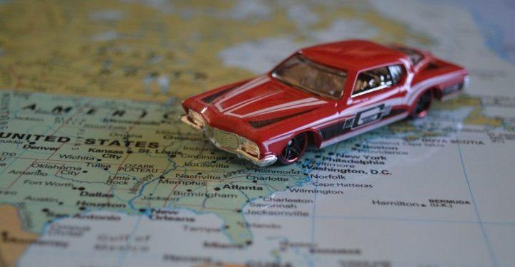 Cómo sacarse el carné de conducir internacional