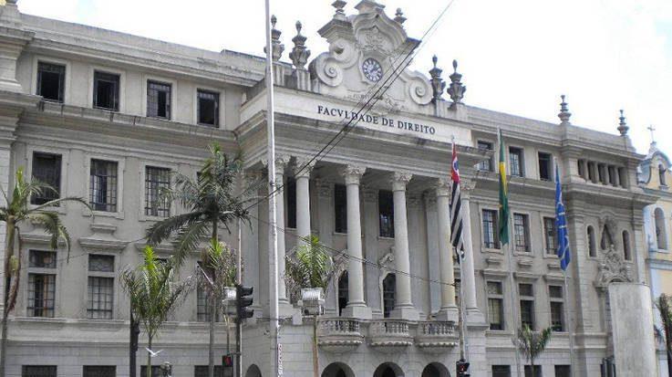 ¿Cómo es el acceso a las universidades en Brasil?