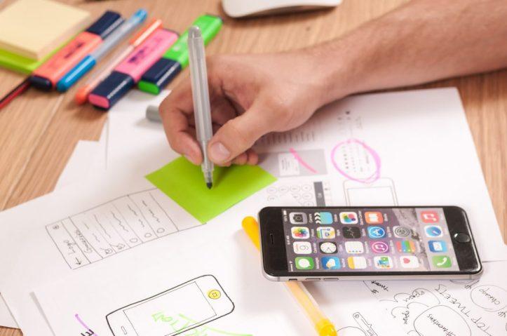 ¿Qué carrera o curso se estudia para desarrollar aplicaciones?